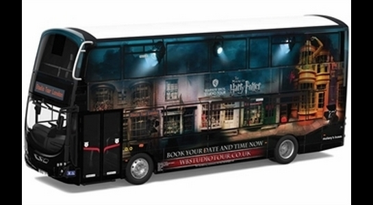 Corgi Collectables OM46511 Wright Eclipse Gemini 2, Harry Potter Warner Bros Studio Shuttle Bus